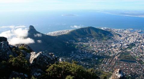 Altered Carbon: Ciencia ficción y desigualdad Ciudad Cabo