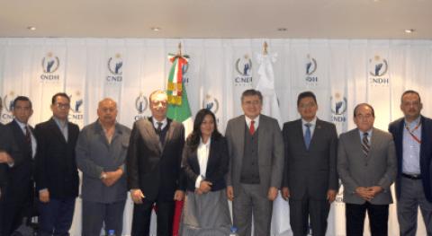 Se reúnen integrantes ANEAS Presidente CNDH