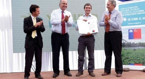 Chile entregó más 98 millones dólares agricultores u organizaciones regantes enero y diciembre 2013