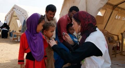 Urge mejorar agua y saneamiento Yemen frenar cólera