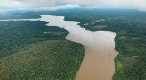 Colombia: rica agua, pero sed inversiones