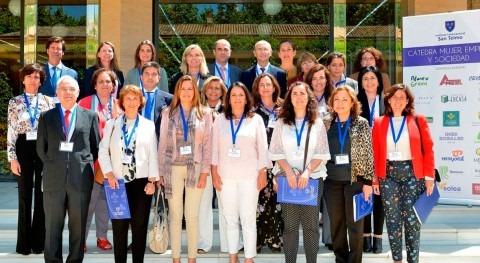 AGQ Labs participa Cátedra Mujer, Empresa y Sociedad
