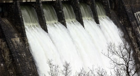 director URA defiende Juntas Generales Álava gestión inundaciones abril