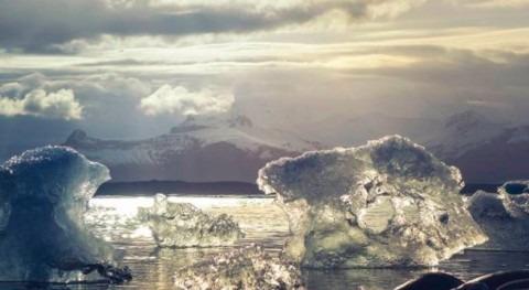 Fuertes vientos han llevado grandes extensiones hielo marino Ártico aguas más cálidas