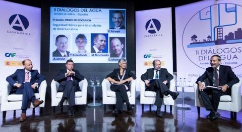 """Ángel Simón: """" retos gestión hídrica deben abordarse participación público-privada"""""""
