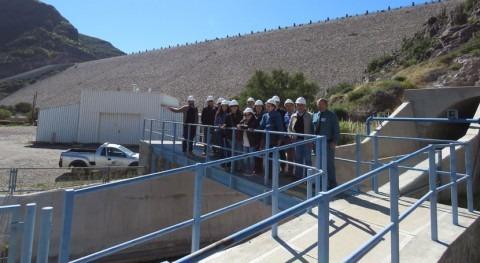 Dirigentes Colchagua inician gira conocer experiencias gestión hídrica