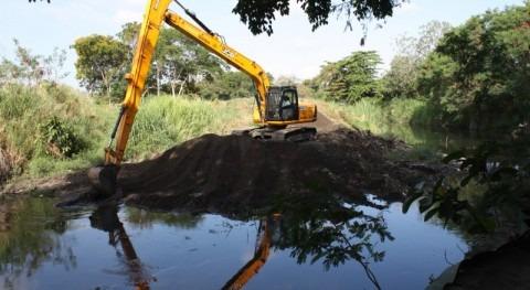 Continúa dragado río Abajo Panamá minimizar riesgo inundaciones