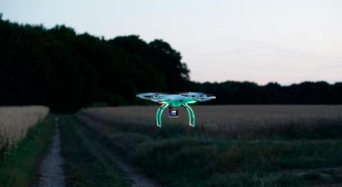 universidad australiana Monash prueba drones autónomos detectar humedad terreno