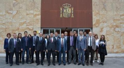 2ª visita estudios Ministerio Aguas y Bosques Turquía materia planificación