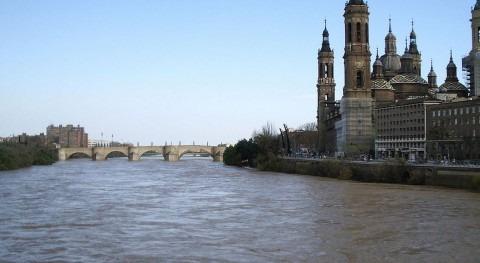 El Ebro a su paso por Zaragoza (Wikipedia/CC).