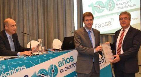 Pablo Cavas, director de Inspecciones de SGS Comunidad Valenciana  y Juan Antonio Llopis, director del área de saneamiento y depuración de FACSA.