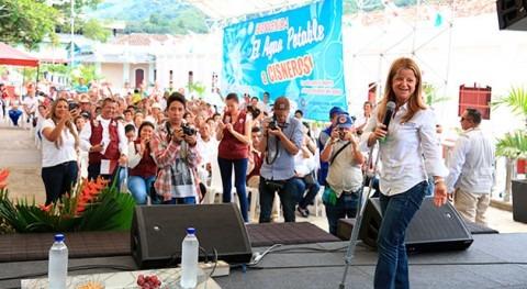Elsa Noguera, año trabajando llevar agua potable y saneamiento básico colombianos
