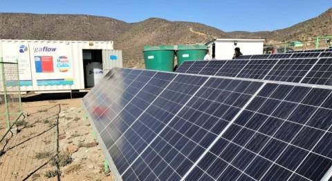 Pescadores Atacama conocieron funcionamiento desaladora Energía Solar