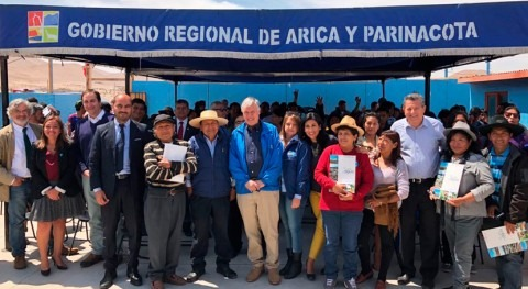 Pequeños agricultores extremo norte Chile reciben bonos riego