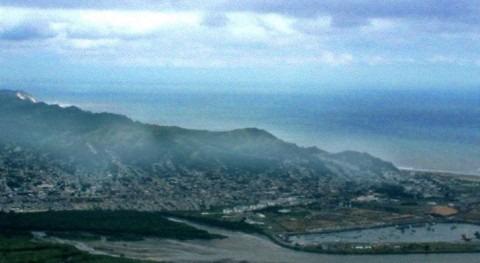 España ofrece material cobijo y potabilizar agua Ecuador