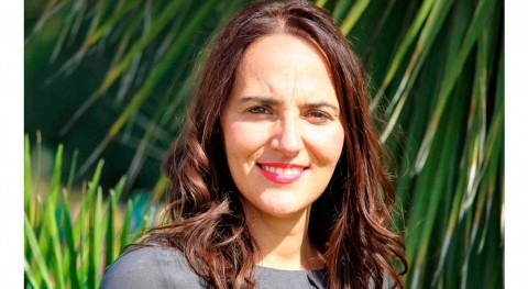 """Esperanza Hernández: """"Alcanzar igualdad género conduce mejor desempeño económico"""""""