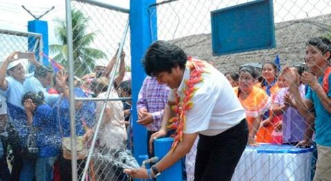 presidente Bolivia entrega sistema agua potable que beneficia 200 familias