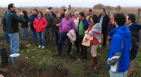 Medio centenar regantes restauran entorno Parque Nacional Tablas Daimiel