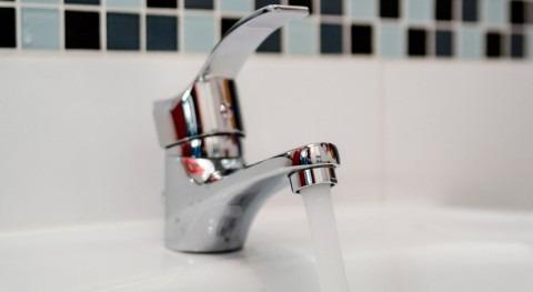 tarifas agua varían casi 500% estudio FACUA 57 ciudades
