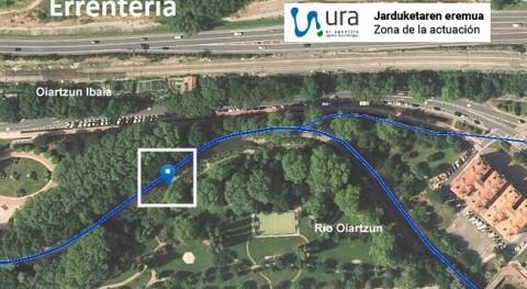 Creación charca anfibios junto al río Oiartzun paso Fanderia Errentería