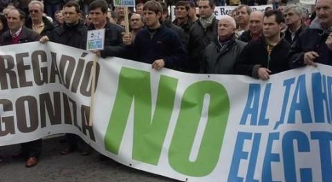 Más 50.000 regantes toda España se movilizan pedir 'justicia eléctrica'
