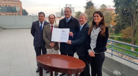 CNR y Gobierno Regional Maule mejorarán infraestructura riego región