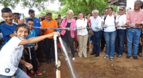 1200 personas acceden agua energía renovable corredor seco Nicaragua
