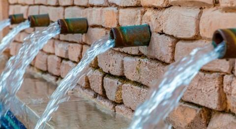 gestión servicios agua perspectiva radical