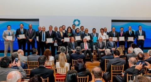 Fundación Gonzalo Río Arronte reconoce operadores agua y distritos riego