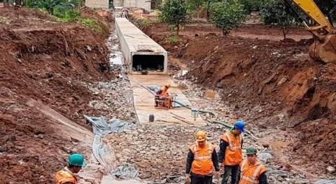 Avanza instalación galerías pluviales corredor central Metrobús, Paraguay