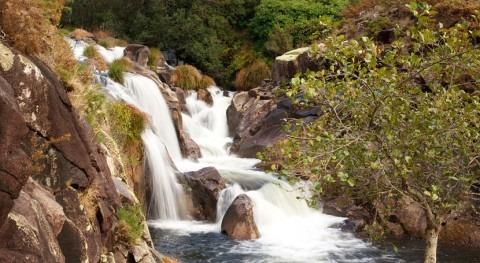 Galicia licita mejora parte red distribución agua Paradela