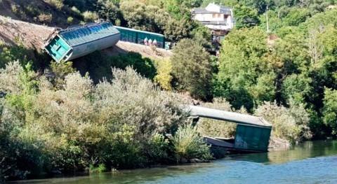 Galicia investiga caída al río Sil vagón tren descarrilado Ourense