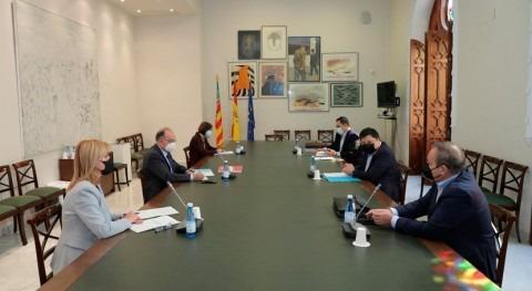 Valencia y Salvador analizan iniciativas cooperación al desarrollo agua y saneamiento