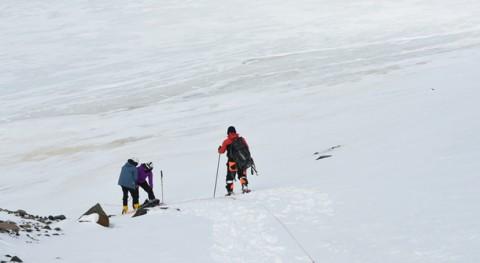 grupo científicos MINAM investiga impactos retroceso glaciar Antártida