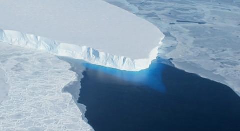 película antigua muestra rápido derretimiento glaciar Thwaites