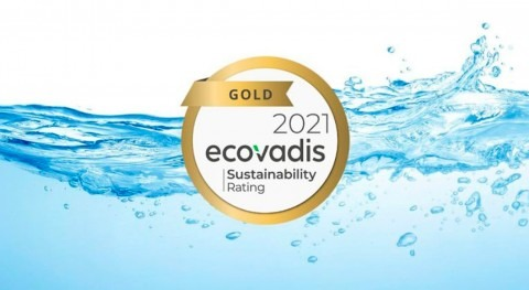 Hach recibe medalla oro sostenibilidad mano EcoVadis