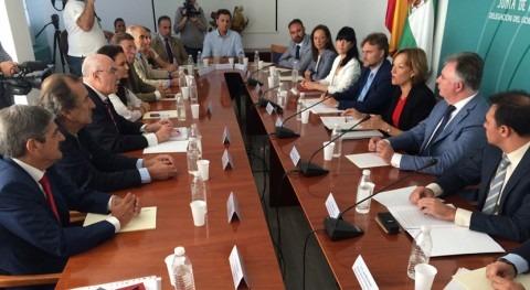 Andalucía crea grupo trabajo agrícola planificar regadíos presa Alcolea