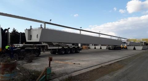 URA coloca mañana jueves dos vigas 40 metros nuevo puente Aretxaga Zalla