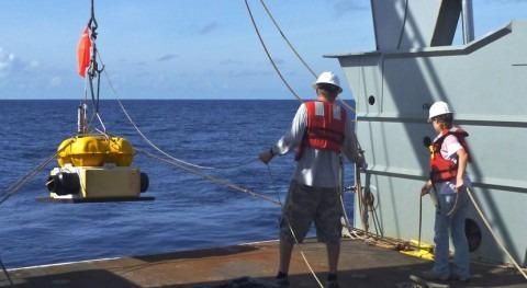 placas tectónicas arrastran tres veces más agua interior Tierra lo esperado