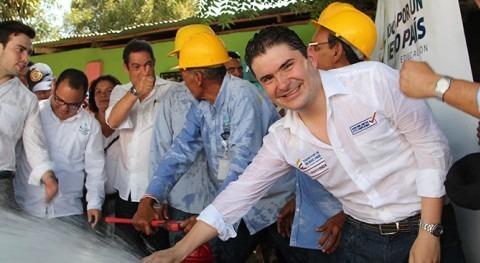 """Luis Felipe Henao: """"Vamos salvar principales cuencas hídricas Colombia"""""""