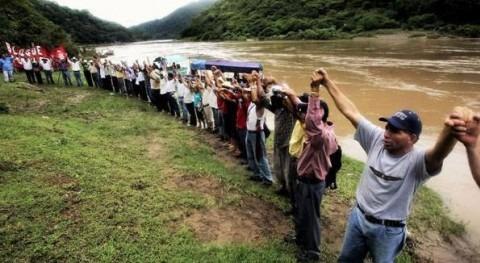 Ecologistas pide abandono proyectos hidroeléctricos que atenten personas
