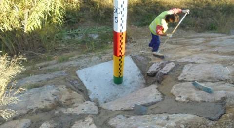 CHE instala hitos control niveles Ebro poblaciones ribereñas Zaragonza
