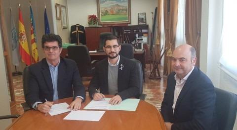 L'Alcora y FACSA firman convenio evitar pobreza energética