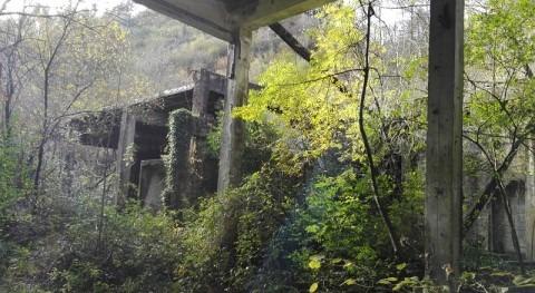 URA licita demolición varios edificios antigua papelera Bidebarrieta Ea, Bizkaia
