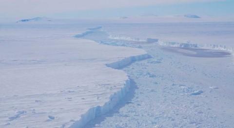 nuevo iceberg se desprende inestable glaciar antártico Pine Island