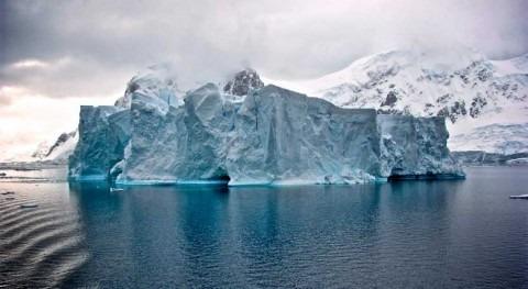 año después, Iceberg A68 sigue atascado Mar Weddell
