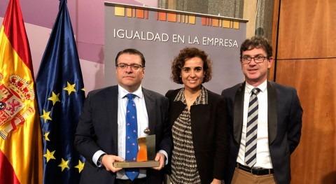 """Somajasa recibe distintivo """"Igualdad Empresa"""""""