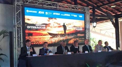 desafíos sector agua Brasil, debate
