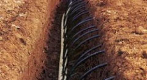Riego agrícola goteo subterráneo