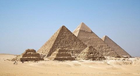 obras faraónicas obras necesarias
